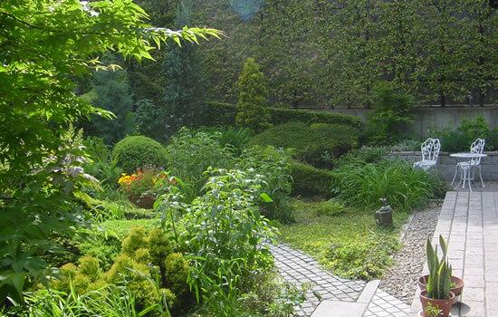 和風・洋風の庭づくり